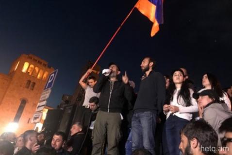 Nikol Pashinyan: La Revolución de «Terciopelo»que proclamamos no quedará por la mitad, continuará hasta el final»