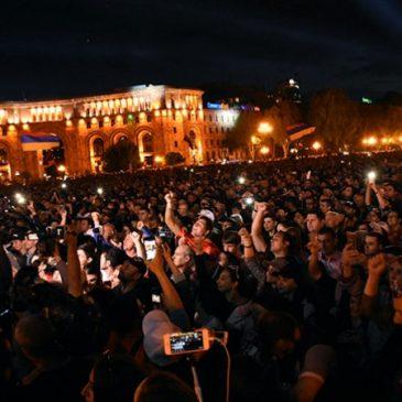 URGNTE: El Partido Republicano votará a Pashinyan y se suspenden las huelgas.