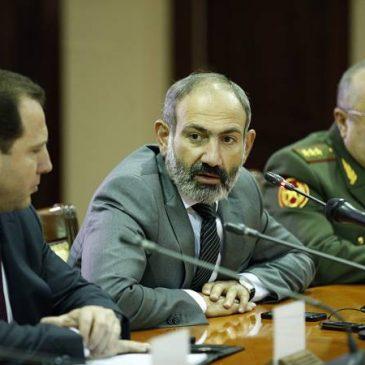 Nuevo Ministro de Defensa: La prioridad es preparar y equipar el ejército para la defesa de Armenia y Artsaj.