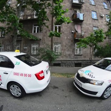 Protesta de taxista por mejores condiciones de trabajo.