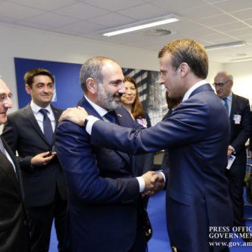 Nikol Pashinyan, Emmanuel Macron debaten sobre la agenda de desarrollo de las relaciones armenio-francesas