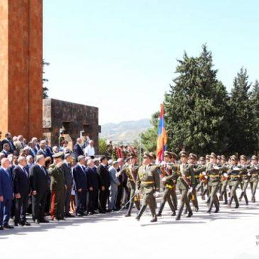 Los presidentes de Artsakh y Armenia participan en el evento del Día de la Independencia en Stepanakert