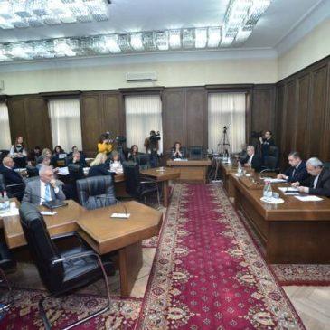 Estabilización de la deuda del estado es uno de los objetivos de la política fiscal para 2019: Ministro de finanzas en funciones