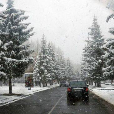 Nevadas en algunas carreteras de Armenia: la autopista Stepantsminda-Lars está abierta para todo tipo de vehículos