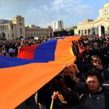 Armenia celebra el Día del Ciudadano por primera vez.