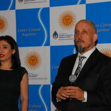 """""""Degustación de vinos argentinos"""" en Ereván"""