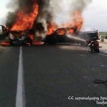 6 muertos en un accidente vial en Armenia