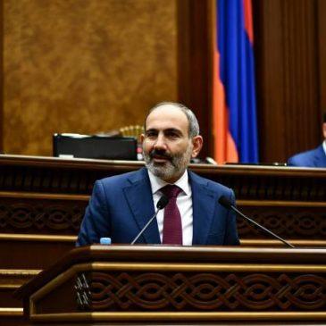 «Esto puede durar un año, pero no podemos cerrar y parar al país un año» – Armenia busca coexistir con el virus