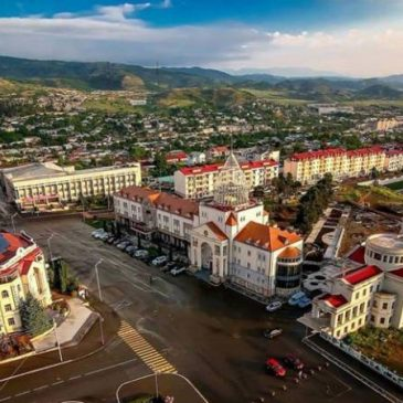 URGENTE:Azerbaiyán bombardea la capital de Artsaj –