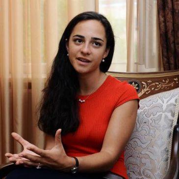 Nueva presidenta del Comité de Aviación Civil quiere hacer que Armenia sea visible en el mapa mundial