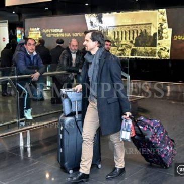 El aeropuerto de Yereván registra un flujo anual de 3.000.000 de pasajeros por primera vez