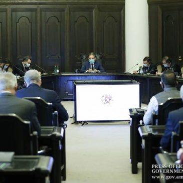 Pashinyan se reúne con embajadores y enfatiza el reconocimiento del derecho de autodeterminación del pueblo de Artsaj